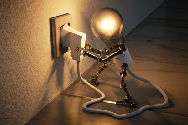 light-bulb-3104355_1920-1